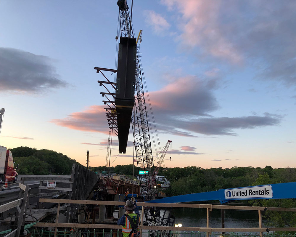 I-495 Construction Update: Movement of Steel Beams for New South Bridge Brings Lane Closings