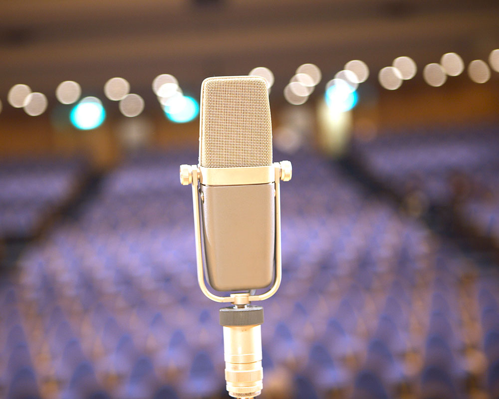 Haverhill Public Library Offers Adult Open Mic Night Thursday
