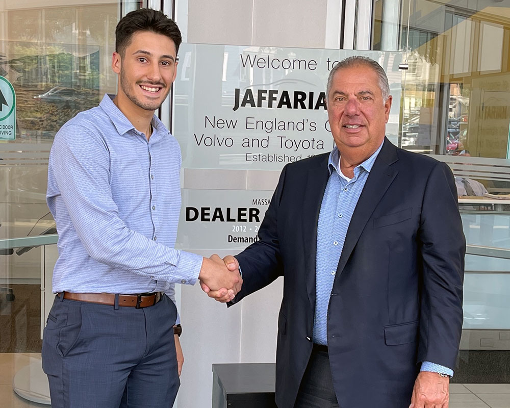 George Dimopoulos of Haverhill Receives Jaffarian Family Scholarship at Merrimack College