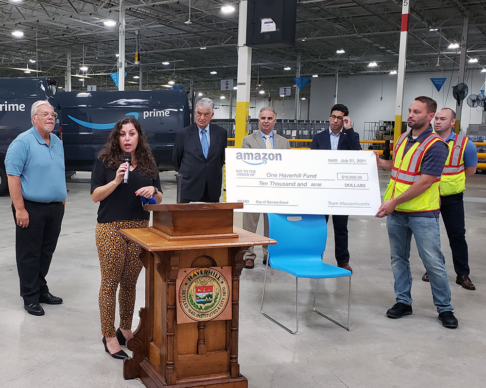 Amazon Formally Opens Haverhill Location, Presents $10,000 to United Way One Haverhill Fund