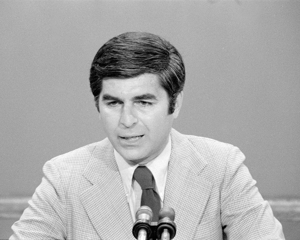 Former Gov. Dukakis Back in Valley Wednesday for 35th Anniversary of Lawrence Heritage State Park